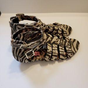 BETSY JOHNSON| Studded Gladiator Sandals